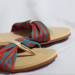Havaianas Sandals Limited Edition Never Used